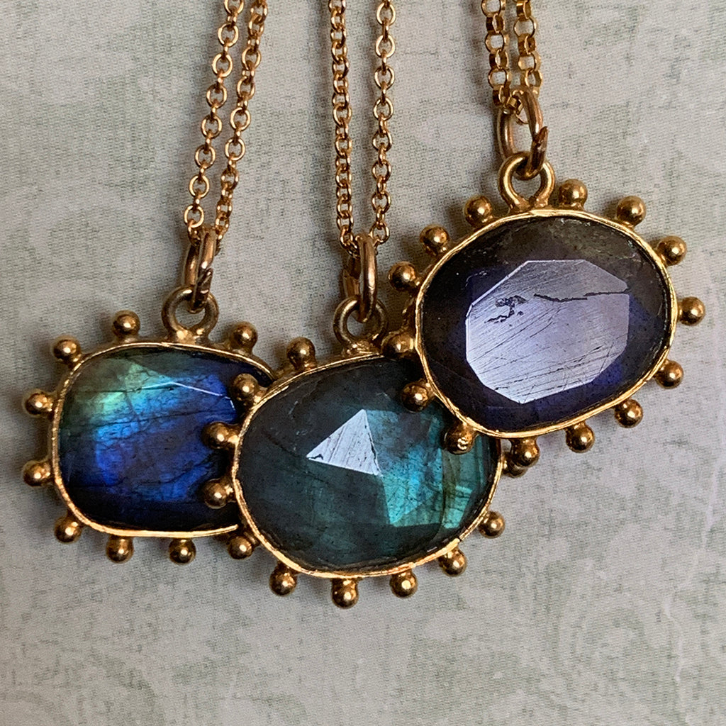 Labradorite Dotted Pendant Necklace