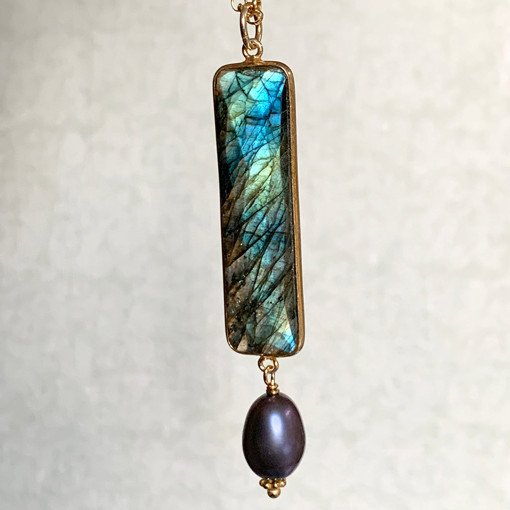 Long Labradorite Necklace with Dark Oval Pearl