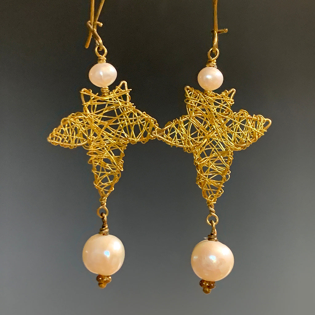Filigree Wired Ivy Leaf & Pearl Earrings