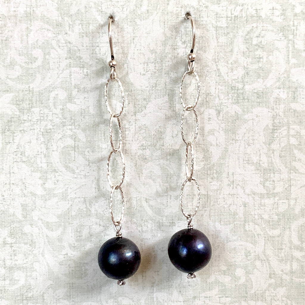 Dark Pearl on Frosted Silver Loose Link Chain Earrings