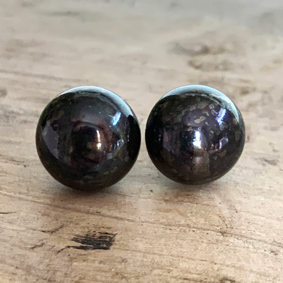 Extra Large Black/Brown Pearl Stud Earrings set on 9ct Gold