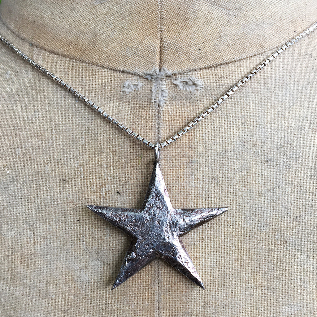 Large Star on Silver Chain Necklace