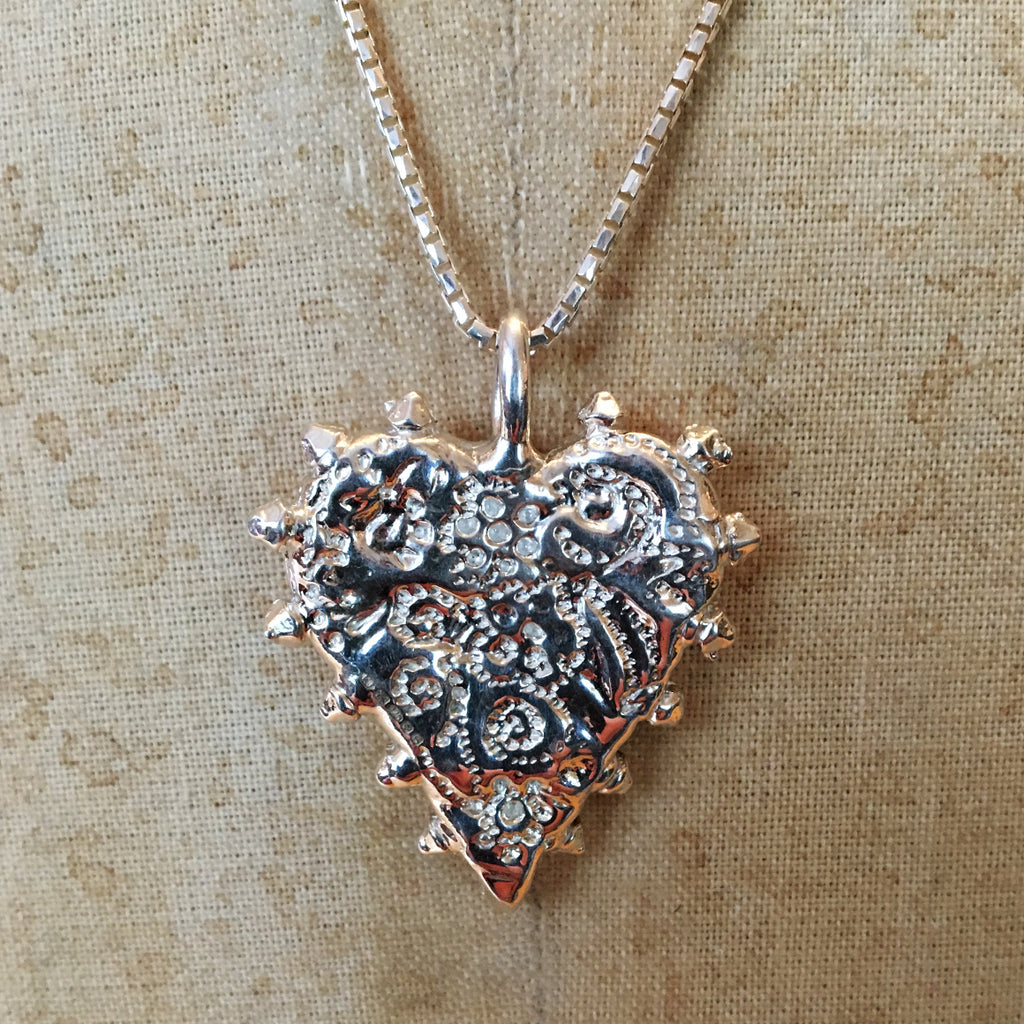 Solid Silver Dotted Embossed Heart Necklace