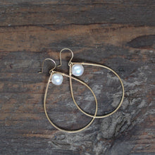 White South Sea Teardrop Earrings