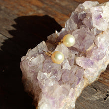 Single Stud Pearl Earrings