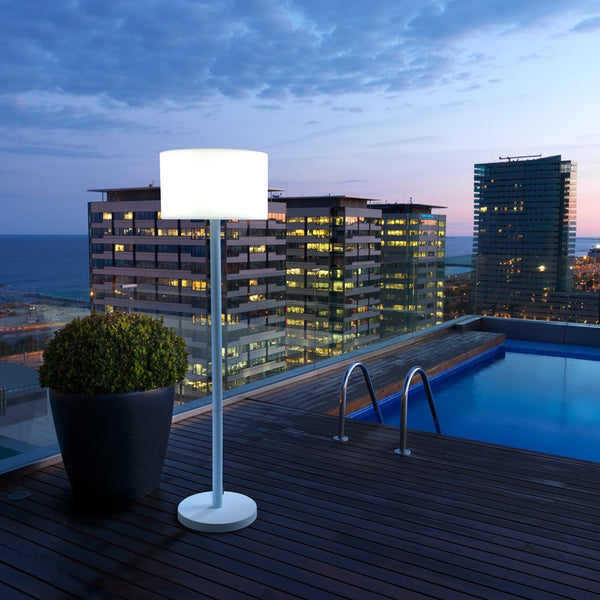 Lampadaire Smooth de LEDS C4 lumi-shop.ch