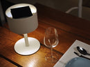 Maiori The Lamp Pose 01 kabellose Bluetooth-Hybrid-Solarlampe lumi-shop