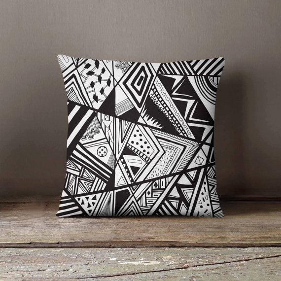 Black & White Abstract Geometric Pattern