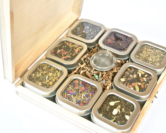 Tea Tin Sampler Gift Set, 8 Tins of Loose Leaf Tea