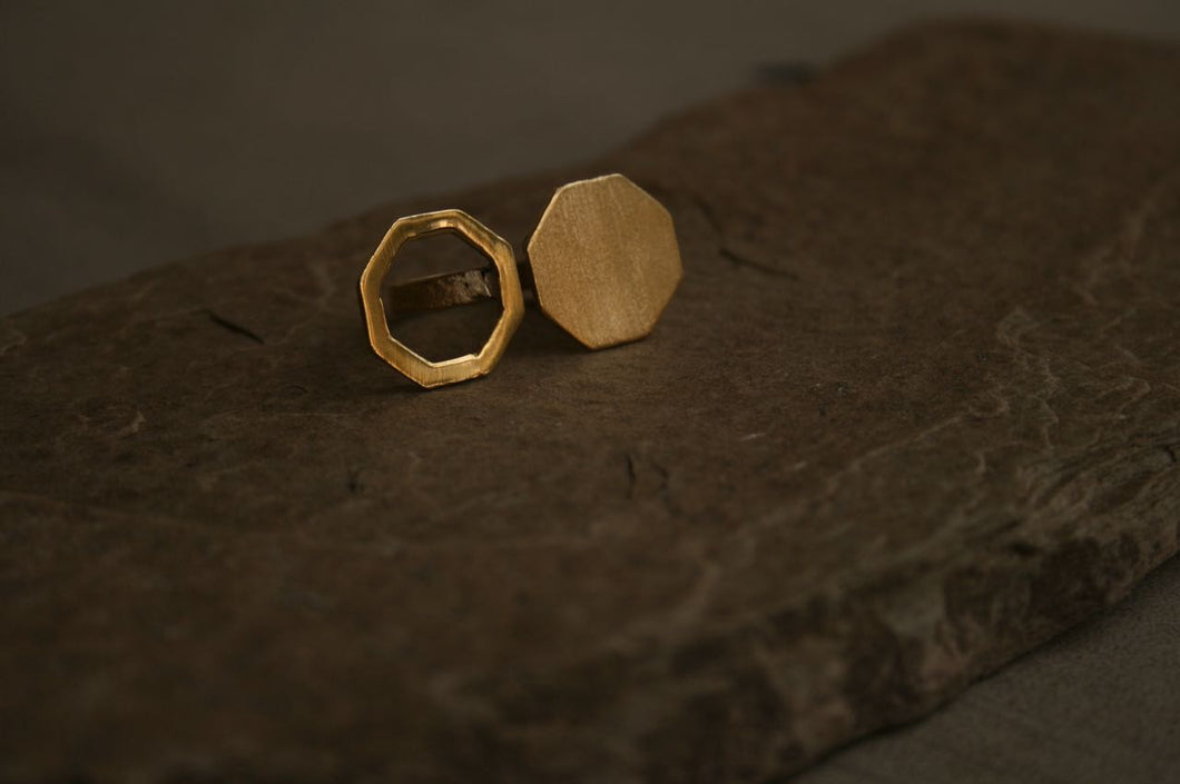 The Ying-Yang Octagon Ring