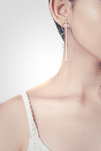 The Connecting Spine Earring