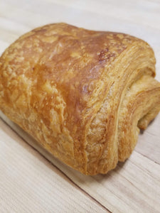 Chocolatine (Pain Au Chocolate)