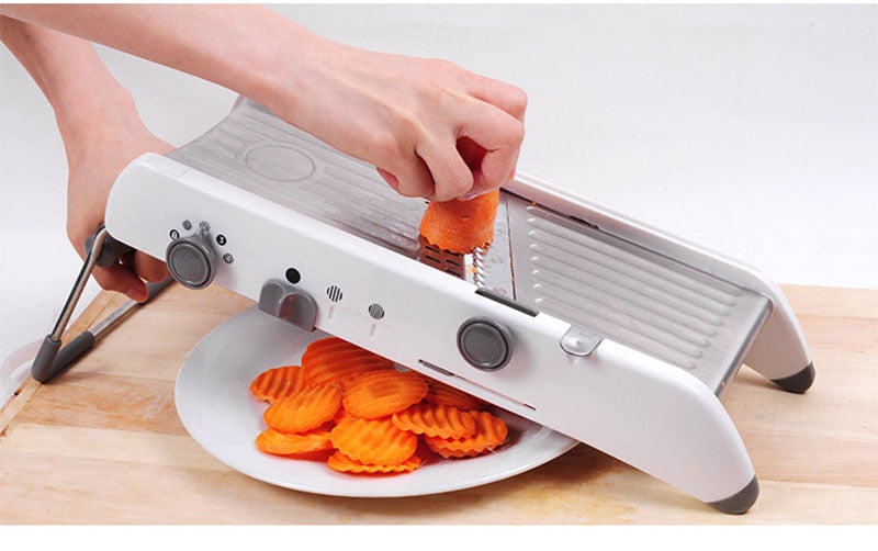 ULTRA PRECISION ADJUSTABLE MANDOLINE SLICER