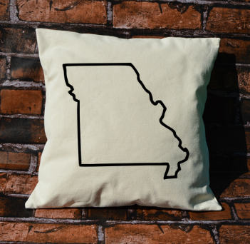 Missouri outline pillow