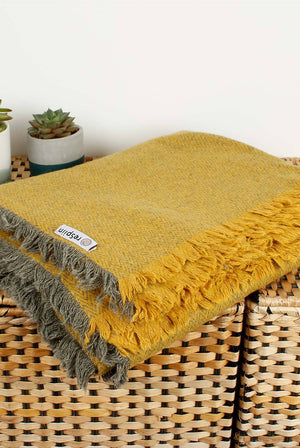Zig Zag Recycled Wool Picnic Blanket Yellow Saffron HOME | CL reSpiin