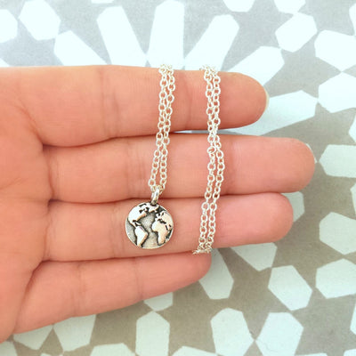 "World Traveler 1.6"" Silver Zinc Pendant w/18"" Chain Unisex"