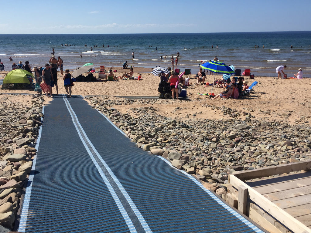 Innovative Textile Ramp Helping Mobility at the Beach
