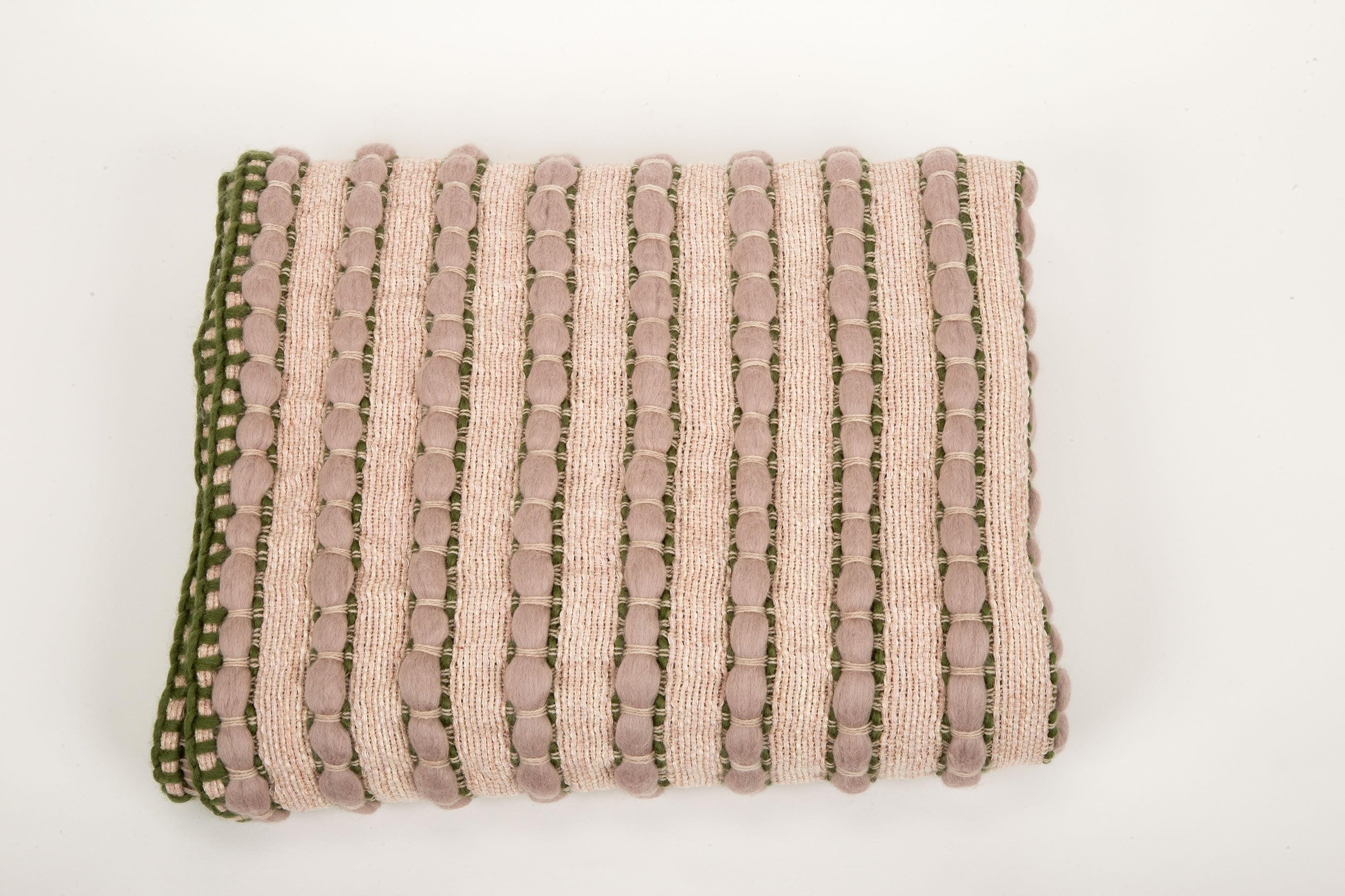 "Brittany Throw | ""Pebbles Mini"" 