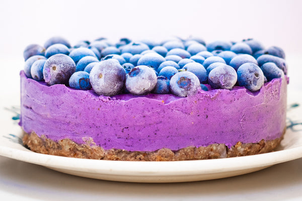 No-Bake Paleo Blueberry Collagen Cheesecake