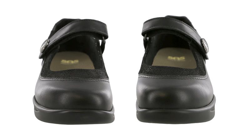 Women's Step Out - Black