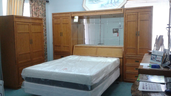 Stanley Queen Wall Bed Set