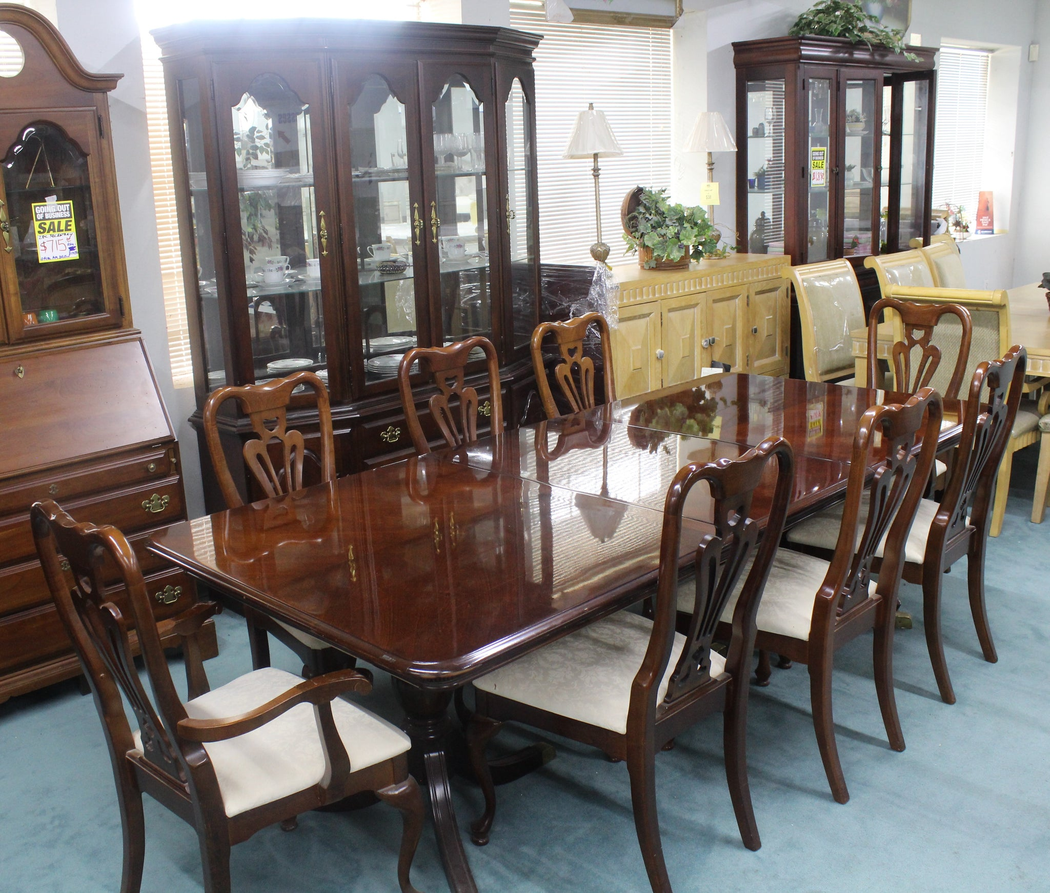 Cherry Grove 11 Pc Dinning