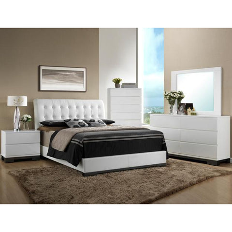 Avery Queen Bed & Chest