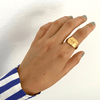 products/custom-wide-signet-ring-custom-capsul-414877.png