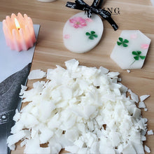 DIY Making Chic Candles 300g Natural Soy Wax+10PCS Candle Wick +Mini Dried Petals