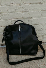 Jeanie Backpack - Black