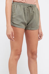 Going Places Pocketed Shorts