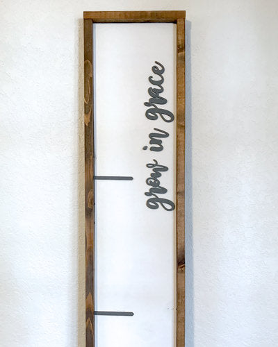 Farmhouse Growth Chart Ruler