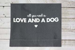 Funda  para cama All You Need is Love and a Dog Jeans