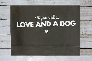 Funda para cama  All You Need is Love and a Dog Verde Militar