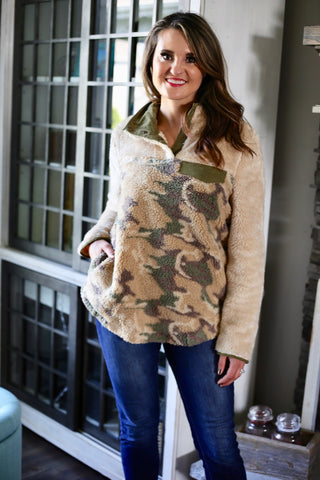 Camo Fleece Pullover - Natural/Green