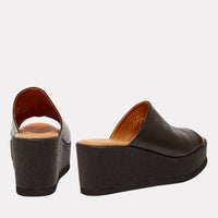 Clara Wedge (Black)