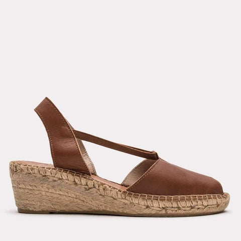 Dainty Napa Leather Espadrille Wedge Sandal (Cuero)