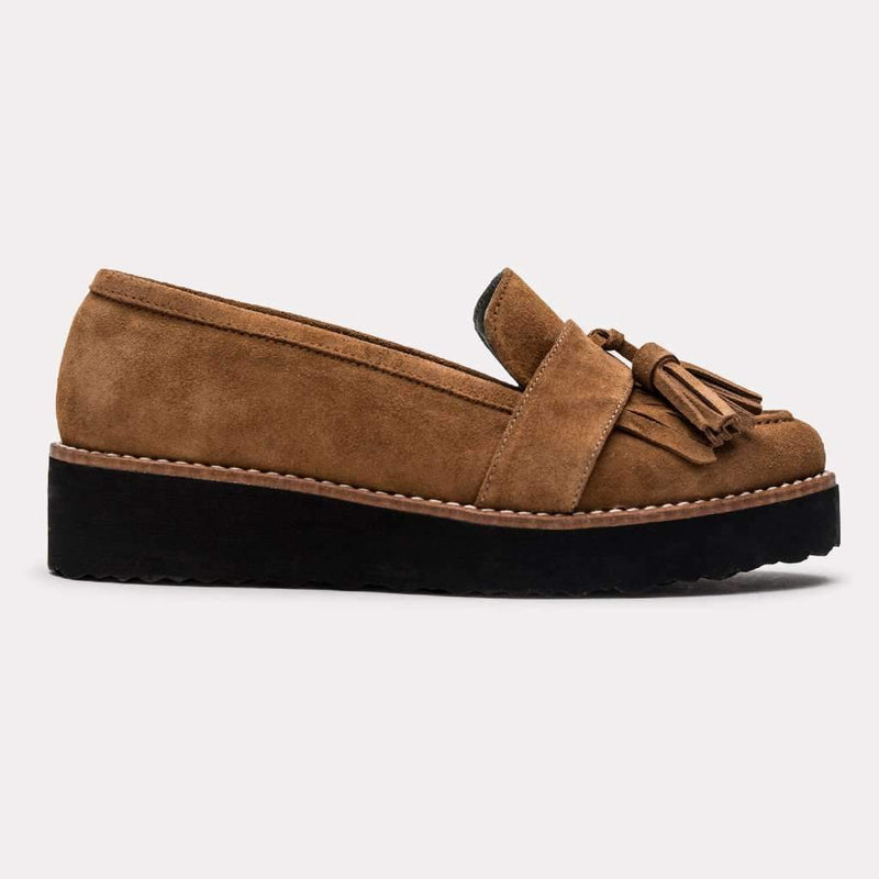 Flat - Tamar Suede Loafer (Roble)