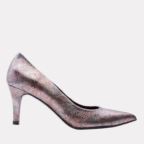 Onassis Crackled Leather Pump (Lead)