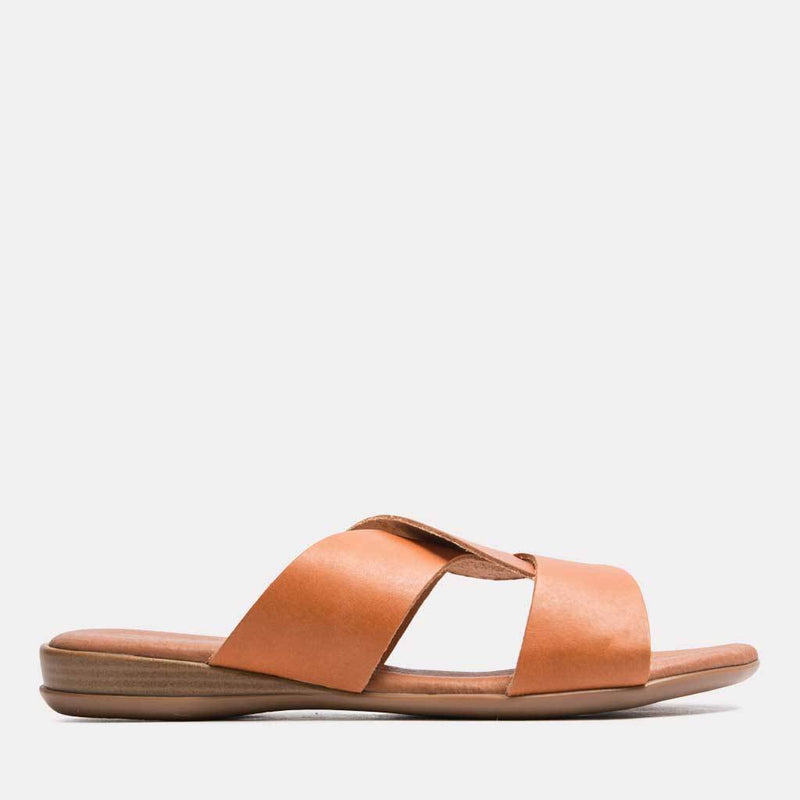 Sandal - Noelle Vaquetta Leather Slide (Cuero)
