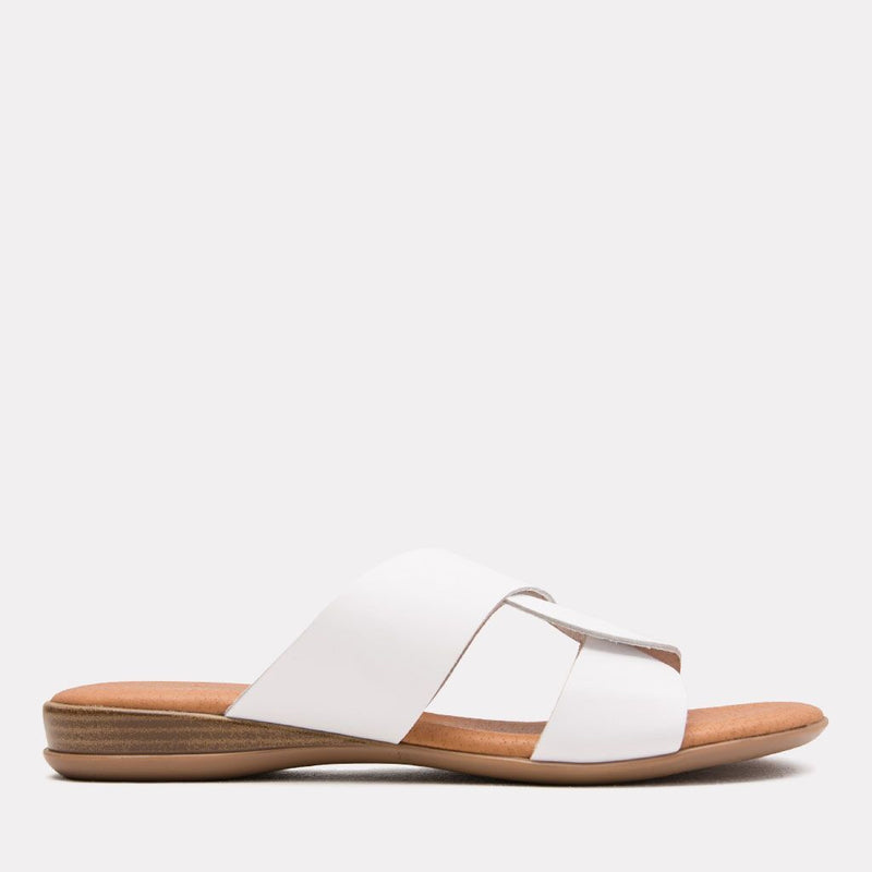 Sandal - Noelle Vaquetta Leather Slide (White)