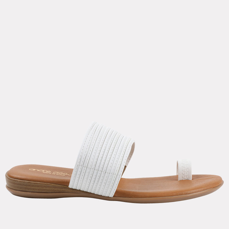 Vira Leather Toe Ring Flat Sandal (White)