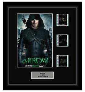 Arrow - Season 1 - 3 Cell Display