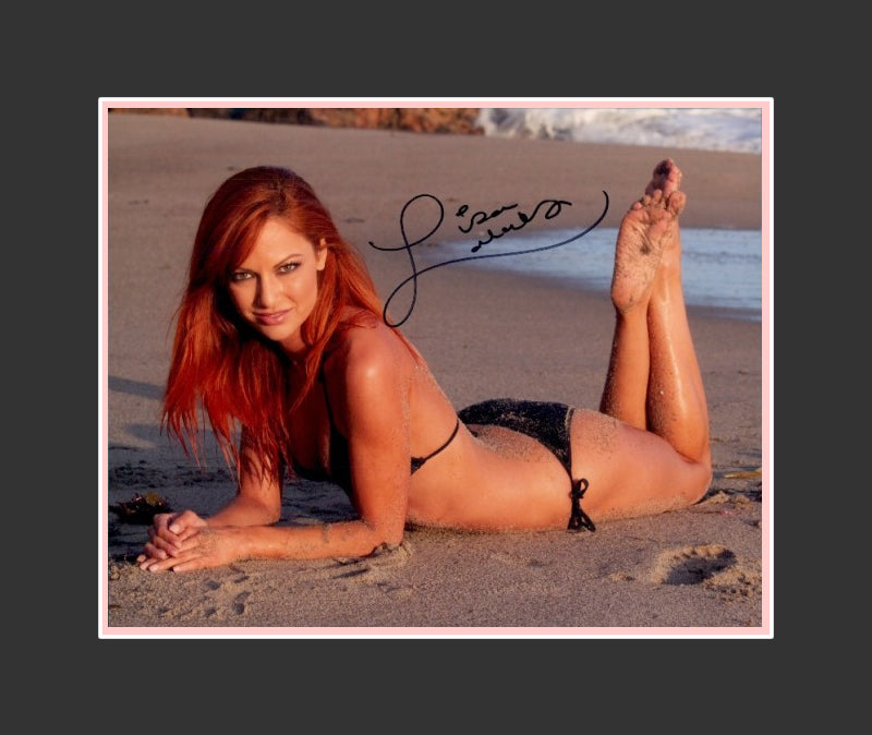 Lisa Lakatos Autograph - Model | Deal or No Deal | Entertainer