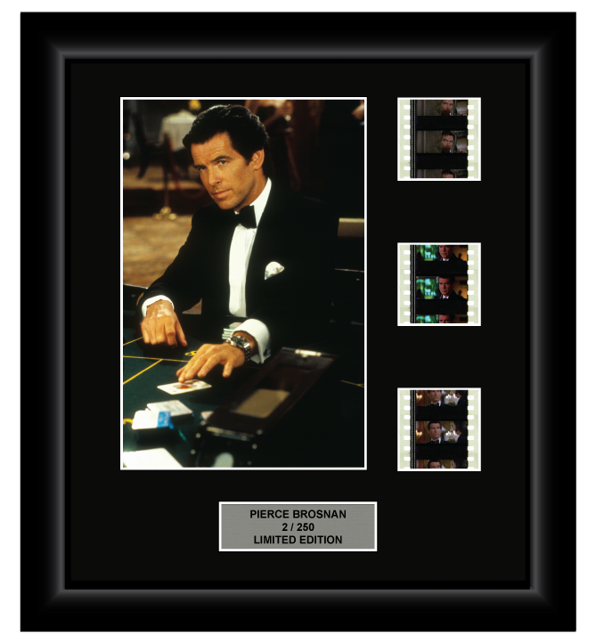 Pierce Brosnan (James Bond) - 3 Cell Display