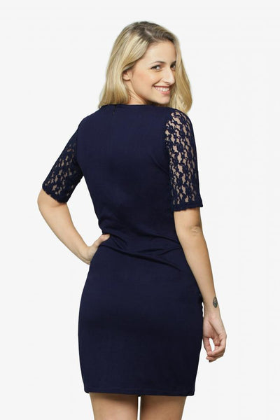 A la mode lace midi dress