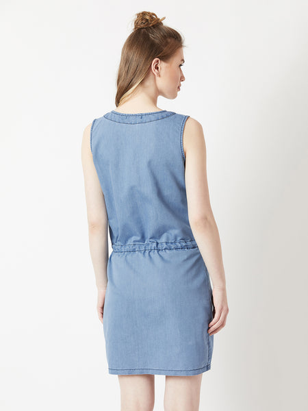 The call of the blue denim dress