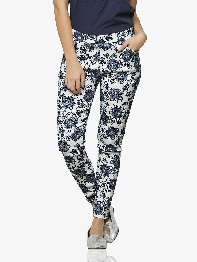 ef1552183d9734 Blooming Buds Printed Jeggings – Miss Chase
