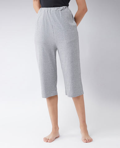 Perfectly content basic capri