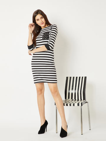 Smack Down Pearl Pocket Shift Dress